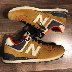 New Balance 574 classics, tan/navy 9.5